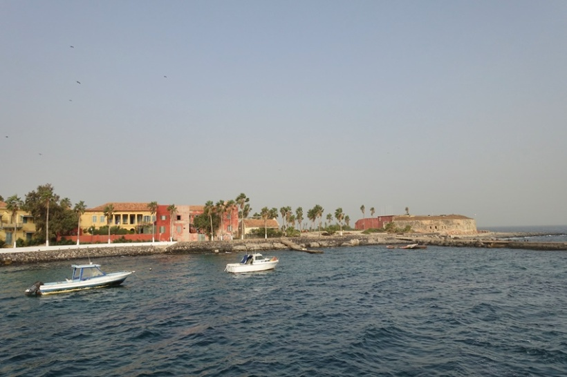 Pulling into Goree.